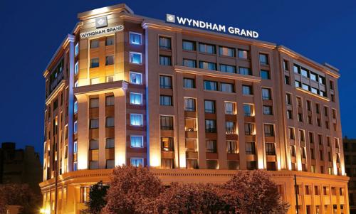 Wyndham Grand Athens Residence